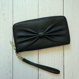 Handbags - BOW ZIP UP WALLET